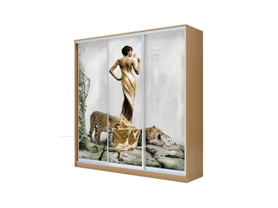 Шкаф-купе Хит 3-х дверный Девушка с леопардом Бук Бавария